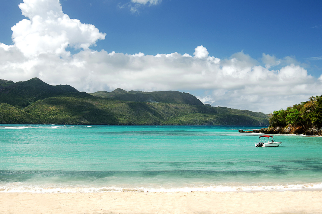 Enjoy one of the beautiful beaches in world. 360Luxury Adventures